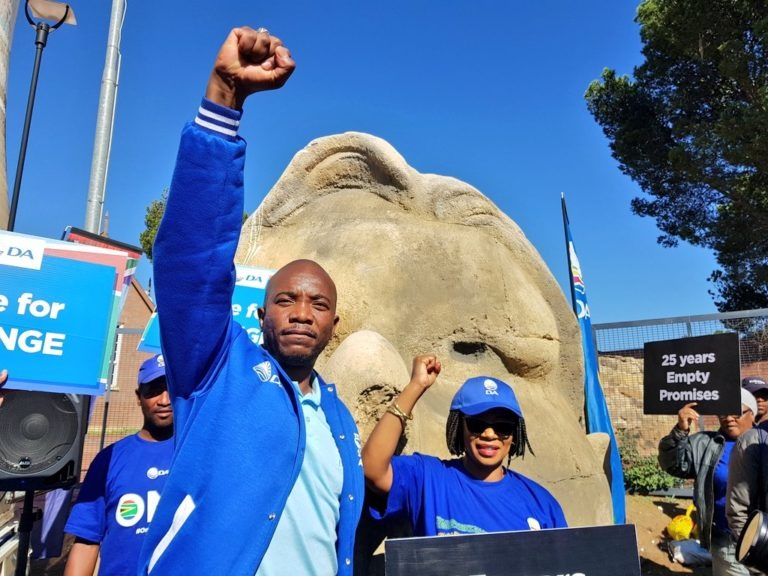 Gauteng: 'Astounding numbers' from DA internal polling shows the party is closing gap on the ANC