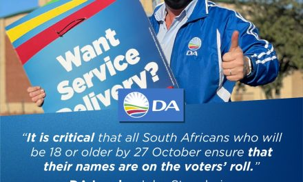 The DA is first out of the blocks to launch a voter registration campaign in the run-up to the local government elections.